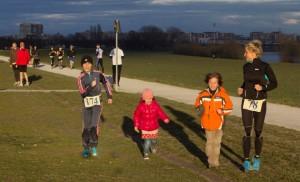 Maja s podmlatkom na trčanju